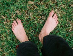 grounding through feet